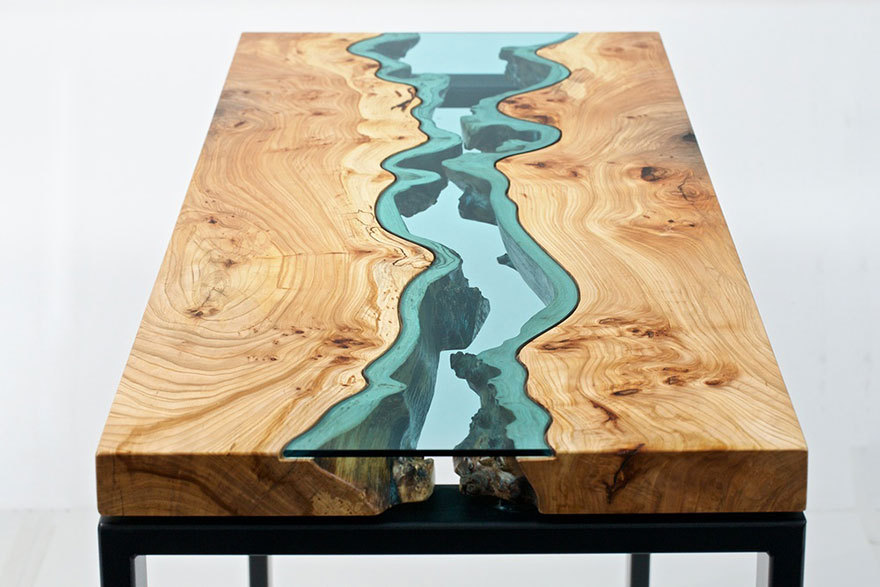 fl sse und seen aus glas auf tischen von m bel designer. Black Bedroom Furniture Sets. Home Design Ideas