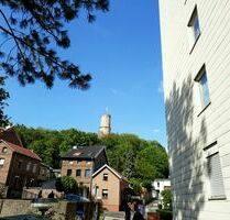 2-Zimmer-Wohnung mit Balkon und Garage mit Blick auf Godesburg - Bonn - Bad Godesberg