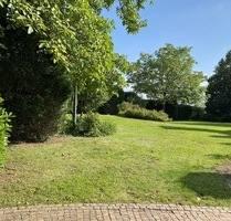 Einfamilienhaus mit 2 Zi. Einliegerwohnung und großem Grundstück zu verkaufen. - Kleinostheim