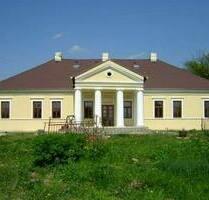 Top: Renoviertes Kastell in Südslowakei , billig - Horne Turovce