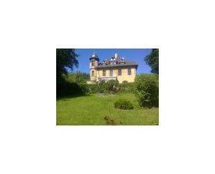Schloss mit Park-Grundstück und See - Potegowo