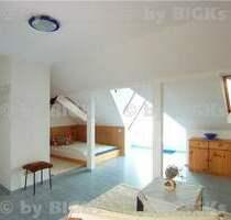 Chemnitz: Möblierte 1 Zimmerwohnung,integrierte Küche&Wannenbad,Balkon, (-;)