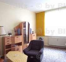 Zwickau: Möblierte 2 Raumwohnung,sep Küche&Duschbad,Balkon (-;)