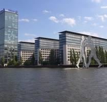 vermietete Altbauwohnung Nähe Spree - Berlin / Friedrichshain